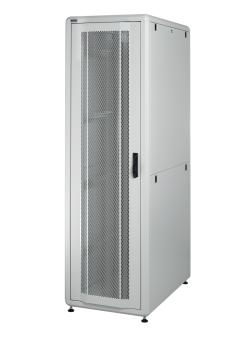 26U 19'  Стоящ комуникационен/сървърен шкаф. Размери: височина 1317мм; широчина 610мм; дълбочина 1000мм. Товароносимост: 2000 кг. Перфорирани врати. Цвят: светло сив