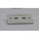 Преден панел за розетка, 2-порта, за повърхностен монтаж, незаредена, бял Подходяща за всякакъв тип кийстони. Могат да се сложат и оптични адаптери SC, използвайки MU-C/WH. За монтаж на стена се използва JE-318/WH.