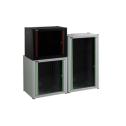 16U 19' Стенен комуникационен шкаф. Размери: височина 823мм; широчина 600мм; дълбочина 600мм.Товароносимост 80кг. Предна стъклена врата. Метален гръб. Свалящи се страници. Цвят: светло сив.